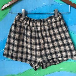 BRANDY MELVILLE plaid elastic waist shorts XS